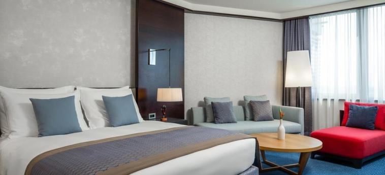 Hotel Radisson Blu M'Bamou Palace: Bedroom BRAZZAVILLE