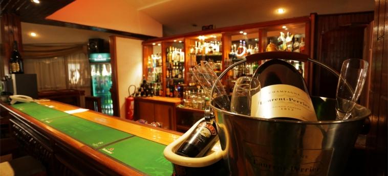 Hotel Marina Residence: Indoor Bar BRAZZAVILLE