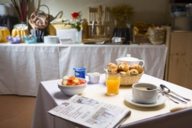 Soleil Vacances Parc Hotel Residence: Breakfast BRIANCON