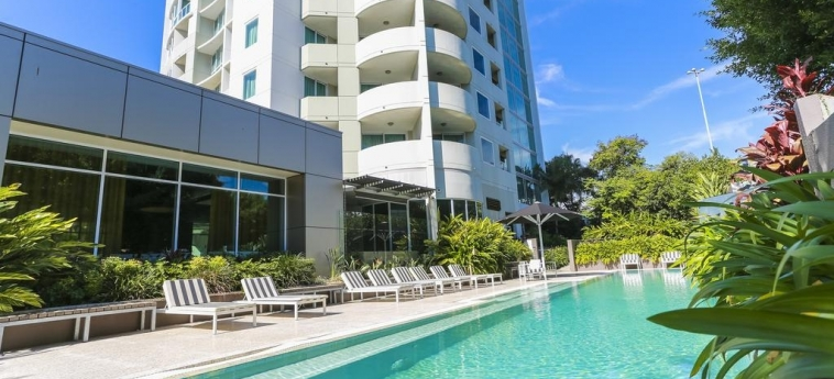 Hotel The Point Brisbane: Outdoor Swimmingpool BRISBANE - QUEENSLAND