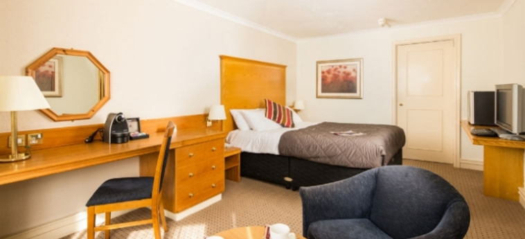 Mercure Bristol North The Grange Hotel: Bedroom BRISTOL