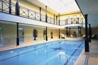 Hotel The Lygon Arms: Beheiztes Schwimmbad BROADWAY