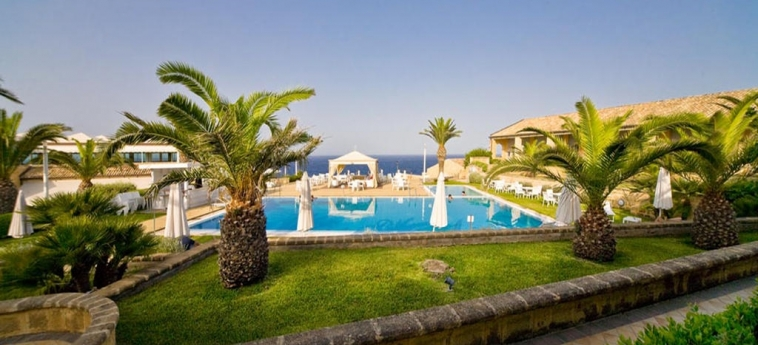 Hotel Venus Sea Garden: Piscina BRUCOLI - SIRACUSA