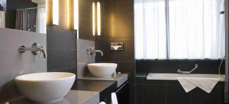 Hotel Ramada Brussels Woluwe: Cuarto de Baño BRUSELAS