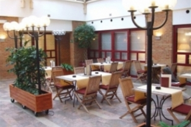 Tangla Hotel Brussels: Terrasse BRUXELLES