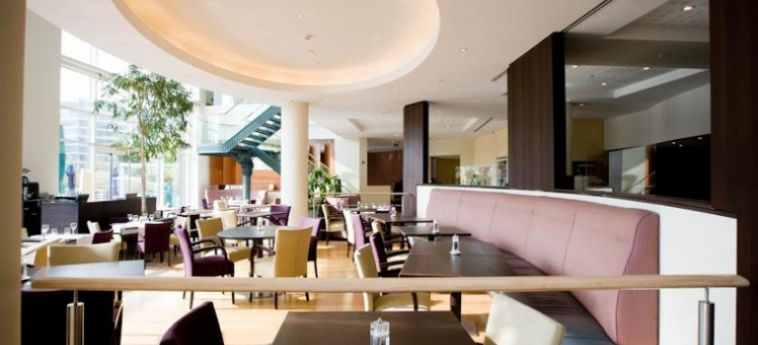 Hotel Crowne Plaza Brussels Airport: Hall BRUXELLES