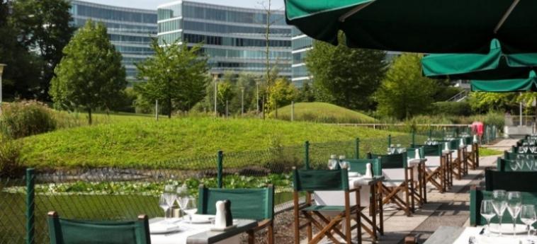Hotel Crowne Plaza Brussels Airport: Terrasse BRUXELLES