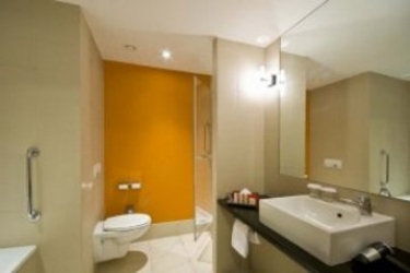 Hotel Radisson Red Brussels: Bagno BRUXELLES