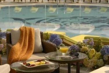 Hotel Radisson Blu Bucharest: Terraza BUCHAREST