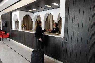Epoque Hotel - Relais & Chateaux: Lobby BUCHAREST