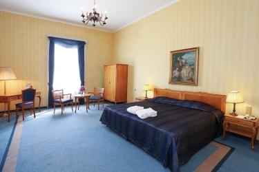 Danubius Grand Hotel Margitsziget: Chanbre BUDAPEST