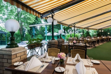 Danubius Grand Hotel Margitsziget: Restaurant BUDAPEST