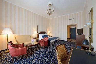 Danubius Grand Hotel Margitsziget: Guestroom BUDAPEST