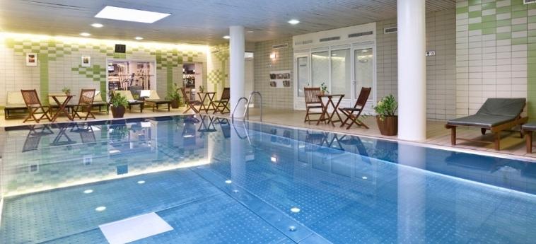 Danubius Hotel Flamenco: Indoor Swimmingpool BUDAPEST