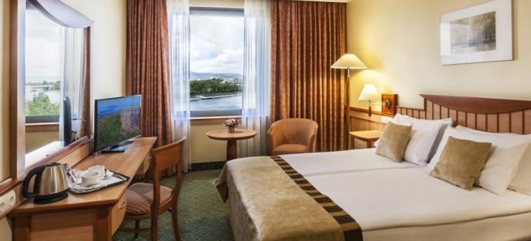 Danubius Hotel Helia: Camera Superior BUDAPEST