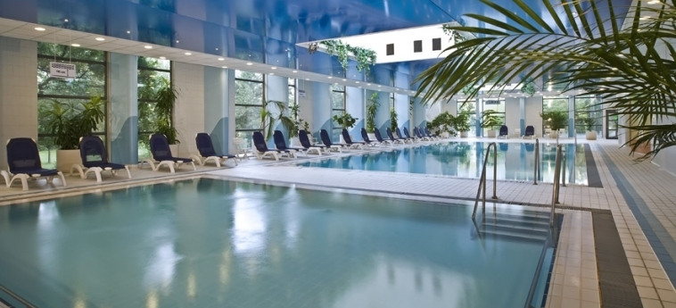 Danubius Hotel Helia: Indoor Swimmingpool BUDAPEST
