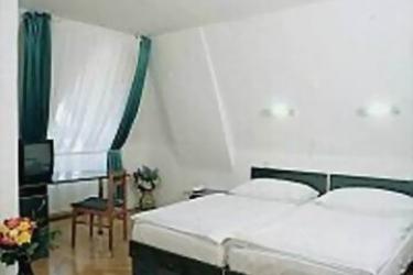 Hotel Bara: Bedroom BUDAPEST
