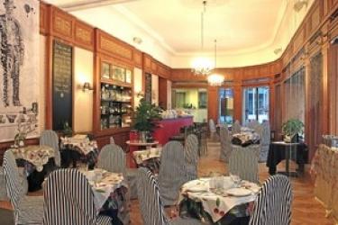 Hotel Pilvax: Restaurante BUDAPEST