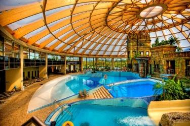 Hotel Aquaworld Resort Budapest: Exterior BUDAPEST