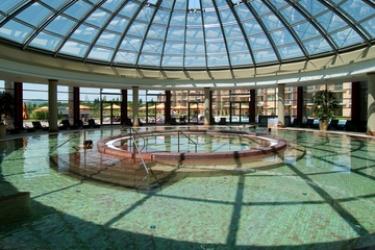 Hotel Aquaworld Resort Budapest: Piscina Cubierta BUDAPEST