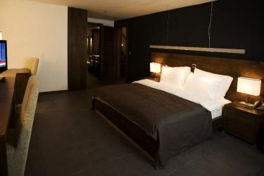 Hotel Avala Resort & Villas: Gastzimmer Blick BUDVA