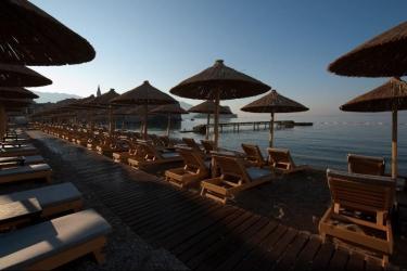 Hotel Avala Resort & Villas: Strand BUDVA