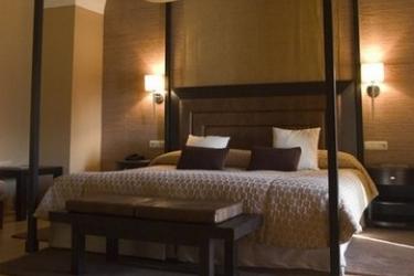 Hotel Hospes Palacio De Arenales: Camera Suite CACERES