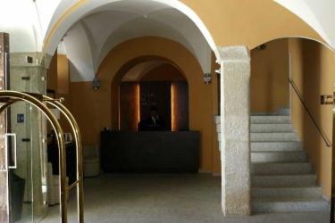 Hotel Hospes Palacio De Arenales: Lobby CACERES