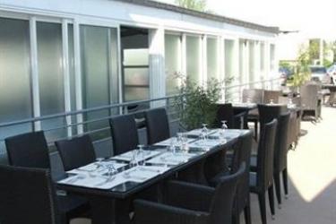 Hotel Hôtel Restaurant Inter-Hôtel Otelinn: Dormitory 4 Pax CAEN