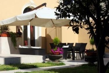 Hotel La Peonia Bed & Breakfast Di Charme: Garden CAGLIARI