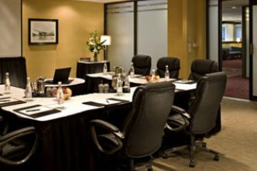 Delta Hotels Calgary Airport In Terminal: Sala Reuniones CALGARY