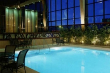 Delta Hotels Calgary Airport In Terminal: Swimming Pool CALGARY
