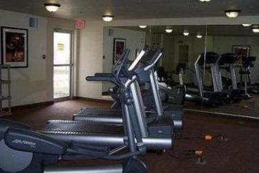 Hotel Staybridge Suites Calgary Airport: Gym CALGARY