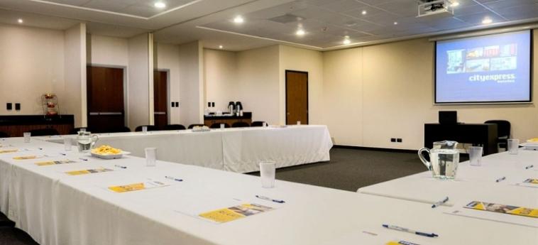 Hotel City Express Plus Cali: Sala Reuniones CALI