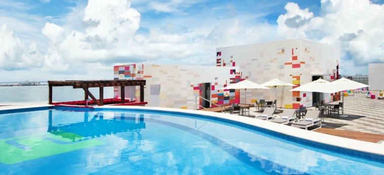 Hotel Aloft Cancun: Swimming Pool CANCUN