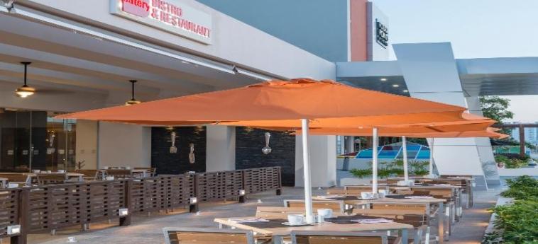 Hotel Four Points By Sheraton Cancun Centro: Bar CANCUN