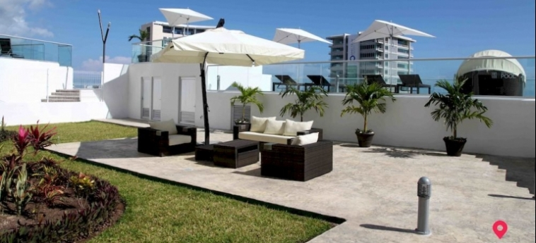 Hotel Suites Malecon Cancun: Roof Garden CANCUN