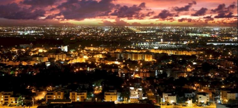Hotel Suites Malecon Cancun: Vista Aerea CANCUN