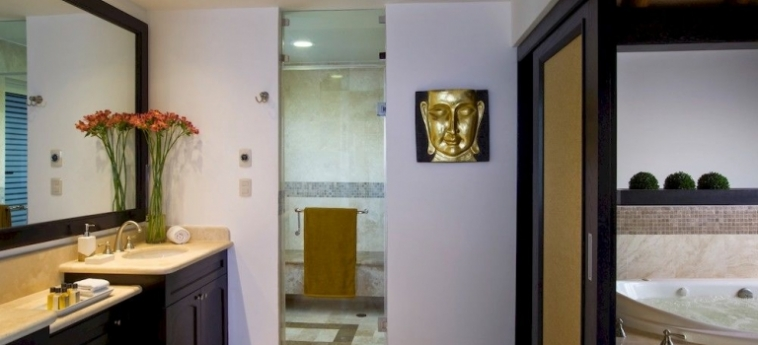 Hotel Villa Del Palmar Luxury Residences: Bathroom CANCUN