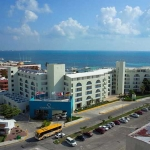 Hotel Aquamarina Beach Resort