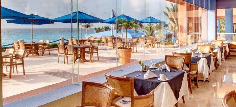 Hotel Occidental Tucancún: Restaurant CANCUN