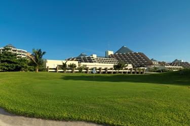 Hotel Paradisus Cancun: Champ de Golf CANCUN