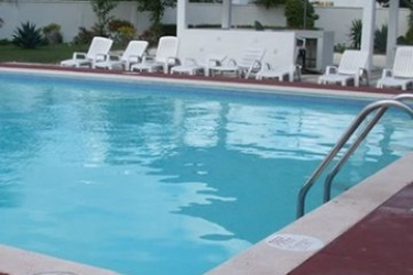 View Mediterrando Hotel & Suites: Outdoor Swimmingpool CANCUN