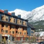Hotel Canmore Crossing
