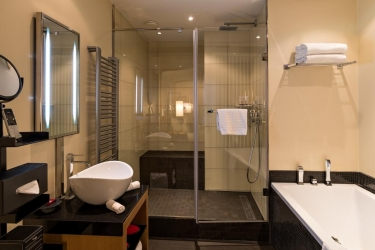 Five Seas Hotel Cannes: Bagno CANNES