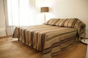 Hotel Suite Affaire Cannes Vieux-Port: Chambre Double CANNES