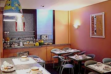 Hotel De France: Breakfast Room CANNES