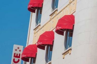 Hotel De France: Exterior CANNES