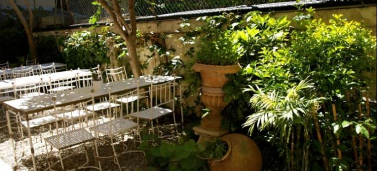 Hotel Ruc: Jardín CANNES