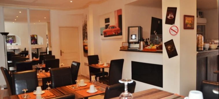 Hotel Ruc: Breakfast Room CANNES